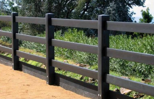Recycled Plastic Fencing